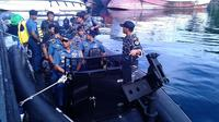 Tim Survei Hidrografi dan Oceanografi dikerahkan untuk menyusun peta laut Indonesia. (Liputan6.com/Yoseph Ikanubun)