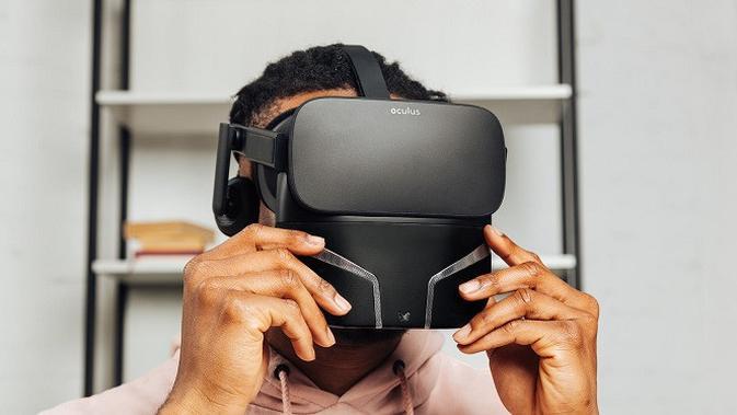 Feelreal, VR Headset dengan teknologi yang membantu pengguna mencium aroma secara langsung. (Foto: Feelreal)