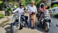 Lilik Gunawan dan Balda foto bersama Xanana Gusmao serta anggota komunitas bikers lokal. (ist)