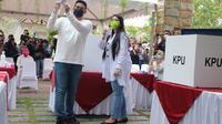 Bobby dan Kahiyang menggunakan hak Suara di Pilkada Medan