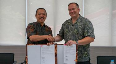 PT Barata Indonesia (Persero) memperpanjang kerjasama dengan Standart Car Truck (SCT) a Wabtec Subsidiary Company. Liputan6.com/Dian Kurniawan