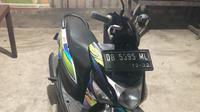 Sepeda motor Honda Beat warna hitam-biru bernomor polisi DB 5395 ML milik Abdul Ryan Hidayat Kibah yang disewa oleh pelaku.