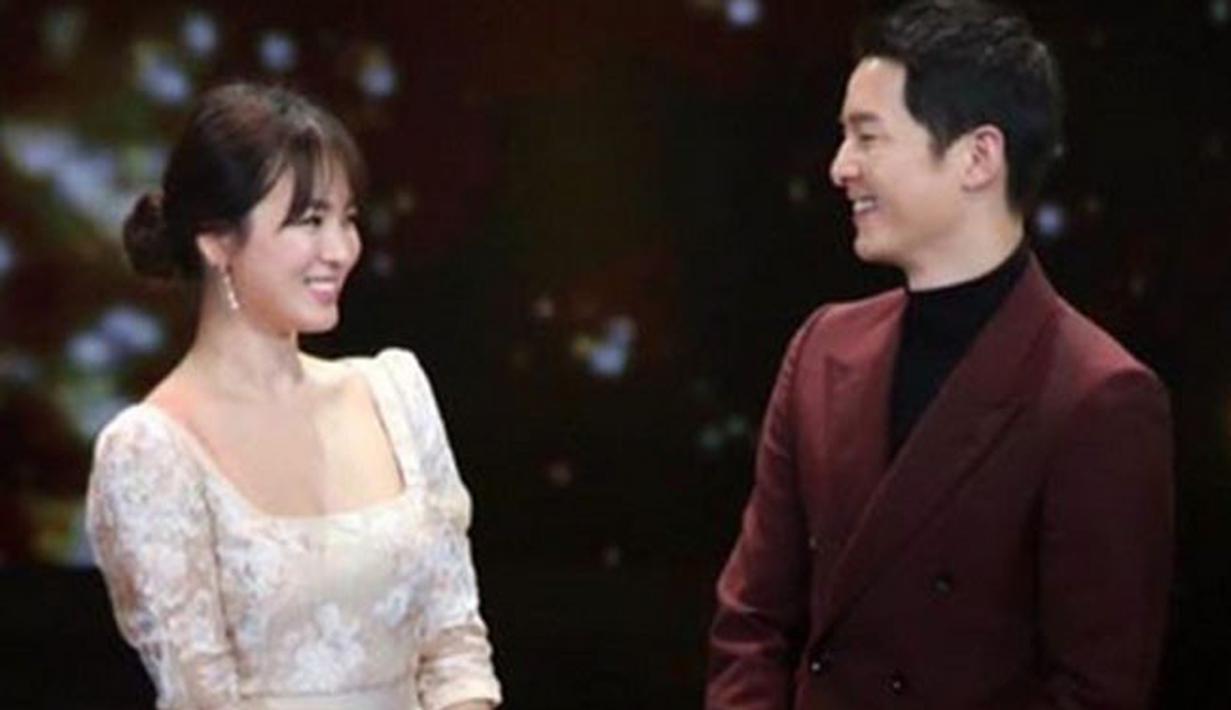 Pasangan Song Hye Kyo dan Song Joong Ki tinggal menghitung hari lagi untuk menuju ikatan pernikahan. Berbagai persiapan tentunya telah mereka lakukan, dan nampaknya sudah hampir selesai. (Instagram/pae_kikyo_sscp)