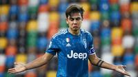 Paulo Dybala - Mantan pemain Palermo itu diprediksi bisa kembali menjadi bintang di Juventus usai Cristiano Ronaldo memutuskan hengkang ke Premier League. Pria asal Argentina itu mendapatkan gaji mencapai 236 ribu pounds per pekan. (Foto:AFP/Marco Bertorello)