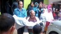 Korban meninggal dunia dalam gempa Banjarnegara, Rabu (18/4/2018). (Foto: Liputan6.com/SRU Banjarnegara/Muhamad Ridlo)