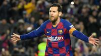 1. Lionel Messi (21 gol) - Meski tidak mencetak gol di laga pekan ke-30 saat Barcelona melawan Sevilla, Lionel Messi tetap berada di puncak top skor sementara Liga Spanyol dengan raihan 21 gol. (AFP/Lluis Gene)