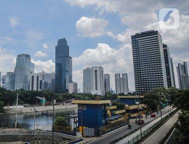 FOTO: Dampak Work From Home, Kualitas Udara Jakarta Membaik
