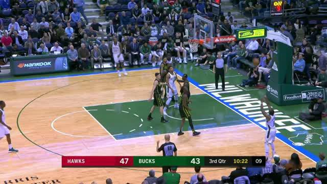 Berita video game recap NBA 2017-2018 antara Milwaukee Bucks melawan Atalanta Hawks dengan skor 97-92.