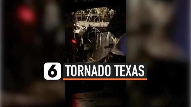 Tornado menerjang bangunan-bangunan di Dallas, Texas. Salah satu bangunan yang mengalami kerusakan cukup parah adalah pusat perbelanjaan Preston Royal.