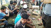 Pihak Imigrasi Langsa datangkan penerjemah untuk pengungsi Rohingya. (Liputan6.com/Rino Abonita)