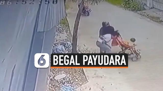 WANITA BAWA BAYI JADI KORBAN BEGAL PAYUDARA