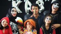 Keluarga Hanung Bramantyo dan Zaskia Adya Mecca rayakan ulang tahun anak dengan konsep horor. (Sumber: Instagram/@zaskiadyamecca)