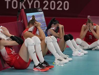 Kesedihan Tim Voli Putri Turki Gagal Melaju ke Semifinal