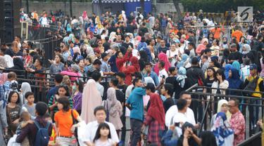 HUT Jakarta, Warga Mulai Berdatangan ke Bundarann HI