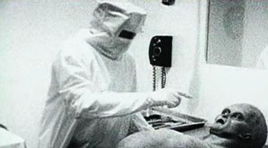 Deretan Informasi Hoax Terbesar Dunia Dari Alien Hingga Hitler