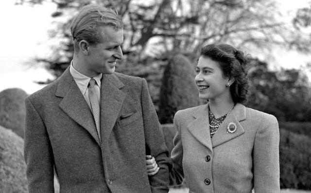 Putri Elizabeth dan Duke of Edinburgh tampil perdana setelah pernikahannya. (PA)