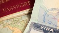 Ilustrasi visa dan paspor. (iStockphoto)