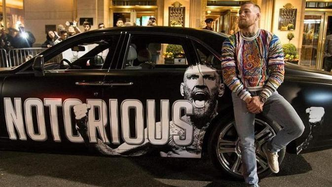 Adu Keren Mobil Khabib dan McGregor, Siapa Juaranya? (Carbuzz)