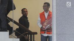 Bupati Kudus Muhammad Tamzil akan menjalani pemeriksaan olanjutan di Gedung KPK, Jakarta, Selasa (3/9/2019). Muhammad Tamzil diperiksa sebagai tersangka terkait kasus suap pengisian jabatan perangkat daerah Kabupaten Kudus tahun 2019. (merdeka.com/Dwi Narwoko)