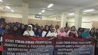 Emak-emak pendukung Jokowi dan Prabowo di Pilpres sepakat deklarasi persatuan.