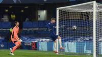 Timo Werner. Berkat satu golnya ke gawang Real madrid, Timo Werner telah mencetak 12 gol untuk Chelsea di semua ajang ditambah 10 assist. Ia sukses mematahkan opini banyak orang yang meragukan kontribusinya untuk Chelsea. (AFP/Glyn Kirk)