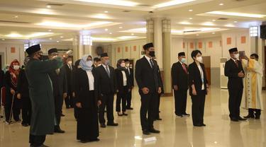 Menaker Ida Fauziyah melantik 35 orang pejabat Tinggi Pratama di lingkungan Kementerian Ketenagakerjaan.