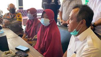 Fakta di Balik Isu Penangkapan Pembentang Poster dalam Kunjungan Jokowi di Cilacap