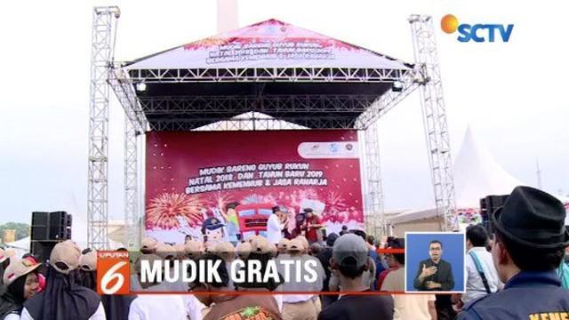 Kemenhub dan Jasa Raharja lepas 2.500 peserta mudik gratis di Lapangan Silang Monas, Jakarta.
