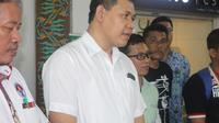 Sekjen FFI, Edhie Prasetyo, mengatakan bahwa timnas futsal wanita Indonesia harus siap untuk kualifikasi Piala AFC 2017. (Bola.com/Gerry Anugrah Putra)