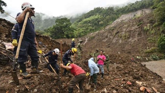 Longsor di Kolombia sebelah barat daya, yang menewaskan 17 orang dan melukai 5 lainnya. (AFP)