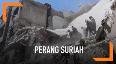 Sejumlah bangunan hancur di kawasan Ariha hancur setelah dibombardir militer Suriah hari Senin (27/5). Serangan udara ini menewaskan 6 warga.
