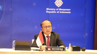 Sekretaris Jenderal Kemnaker Anwar Sanusi, dalam paparannya pada pembukaan pertemuan G20 Second Employment Working Group (EWG) secara virtual di Jakarta, Kamis malam (15/4/2021).