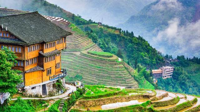 7 Desa Terunik di Dunia, Penampakannya Bak Negeri Dongeng