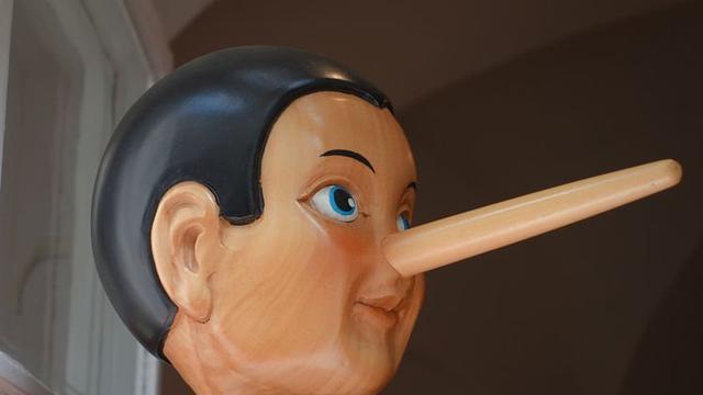 Alat Pendeteksi Kebohongan, Ternyata Hidung Malah Menyusut Ketika Sedang Berbohong