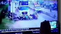 Video truk menabrak puluhan pengendara di Pandaan Pasuruan ternyata hoaks. (Liputan6.com/Dian Kurniawan)