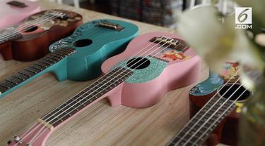 Lukisan pada ukulele mencerminkan kepribadian dari sang pemilik.