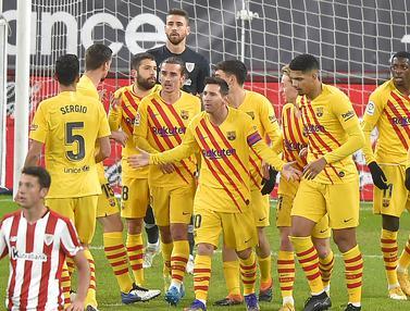 FOTO: Duet Messi dan Pedri Bawa Barcelona Tembus 3 Besar