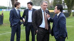 Erick disambut oleh Presiden Inter, Morrati dan langsung berbincang serius sebelum meninjau lapangan.  (Foto: inter.it)