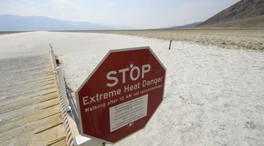 Death Valley California Capai Suhu 54 Derajat Celcius