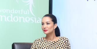 Supermodel Nadya Hutagalung kini telah menginjak usia 41 tahun. Memulai kari di usia 12 tahun sebagai model telah mengantarnya menjadi bintang iklan berbagai produk kenamaan. (Andy Masela/Bintang.com)