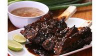 Di mana sajakah restoran yang menyajikan sop konro terlezat di Jakarta? Ini dia ulasannya!