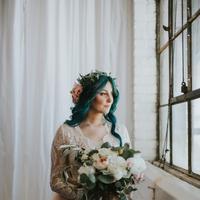 Apapun akan dilakukan demi menginstimewakan hari pernikahan, termasuk belajar berjalan meski telah didiagnosa lumpuh. (Foto: buzzfeed.com)