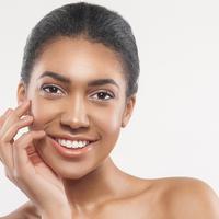 Kampanye #findyourlight Lancôme untuk kulit wajah berkilau perempuan Asia / Image: Shutterstock