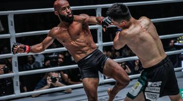 "Demetrious ""Mighty Mouse"" Johnson saat tampil di ajang One Championship (One/Istimewa)"