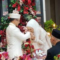 Dian Pelangi dan Sandy Nasution (Instagram/ghatie.rp)