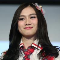 Sabtu, 24 Maret mendatang menjadi hari Melody untuk berpamitan dengan para penggemarnyaJKT48. Melody akan meninggalkan grup idol yang telah membesarkan namanya tersebut. (Nurwahyunan/Bintang.com)