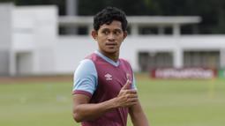 Pemain PSM Makassar, Rizky Pellu, saat sesi latihan jelang laga Piala AFC di Stadion Madya, Jakarta, (9/3/2020). PSM Makassar akan berhadapan dengan Kaya FC. (Bola.com/M Iqbal Ichsan)