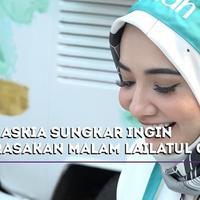 Zaskia Sungkar ingin mencari tahu seperti apa nikmatnya malam Lailatul Qadar.