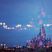 Ilustrasi Disneyland. Sumber foto: unsplash.com/pan xiaozhen.