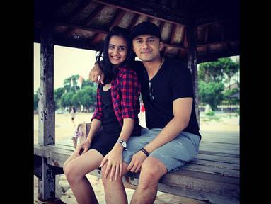 Hengky Kurniawan mengunggah foto-foto kebersamaannya dengan aktris Sonya Fatmala di Instagram. (instagram.com/hengkykurniawan)